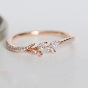 NWOT 18k Rose Gold Diamond Eternity Leaf Ring Sz 6